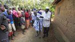 El doloroso ritual de circuncisión a los adolescentes en Kenia - Noticias de