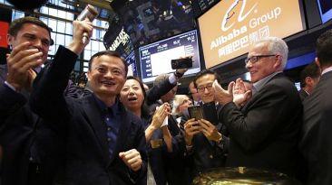 Alibaba cerró su primer día en bolsa con una ganancia de 38,07%