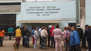 Presos de Sarita Colonia se amotinan para evitar traslado