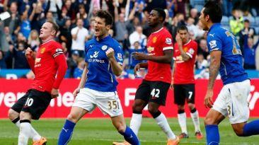 Manchester United cayó 5-3 tras ir adelante en el marcador