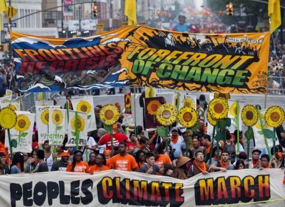 Miles marchan en todo el mundo contra el cambio climático