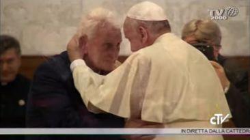El relato de un sacerdote que hizo llorar al Papa Francisco