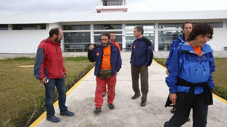 A la operación de rescate en la región Amazonas ayer se sumaron seis espeleólogos españoles y tres bomberos especializados en rescate procedentes de Lima. (Foto: Alessandro Currarino).
