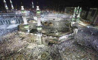 La Meca recibe millones de peregrinos y turistas por el Hajj