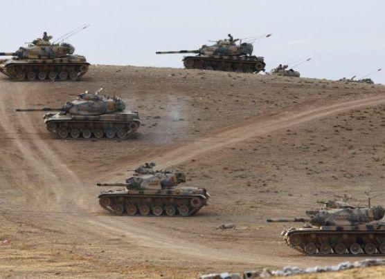 Turquía moviliza tanques de guerra a la frontera con Siria