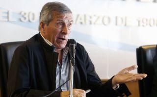 Óscar Tabárez renovó contrato con la selección de Uruguay