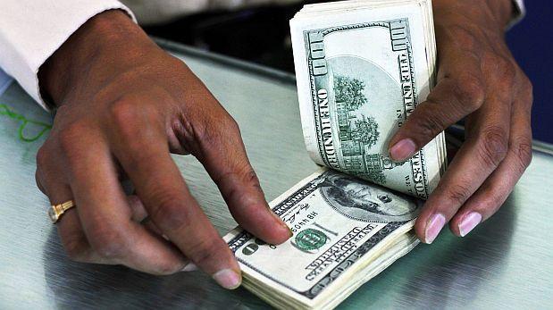 Dolarización del crédito cayó a 29% en octubre, dice el BCR