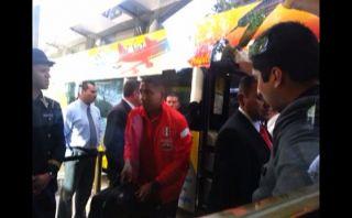 La selección peruana arribó a Chile para amistoso del viernes