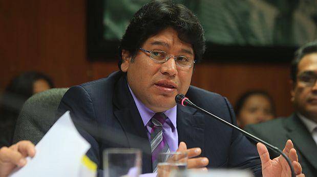 Miembros de Perú Posible arremeten contra Sheput por renuncia