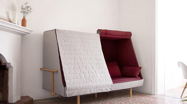 Sin espacio decora con este sof que se convierte en una for Mueble que se convierte en cama