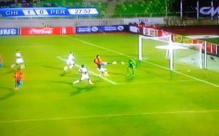 Así fue el primer gol de Chile ante Perú en Valparaíso