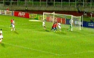 De pelota parada: así fue el segundo gol de Chile a Perú