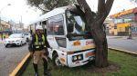 Orión: Así quedó la cúster que chocó contra árbol en Surco - Noticias de accidente automovolistico