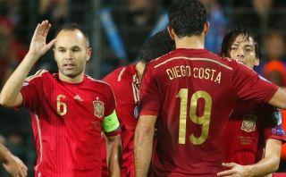 España sentó a Casillas, anotó Costa, y goleó 4-0 a Luxemburgo