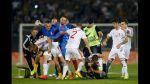 El lío político detrás de esta pelea en pleno partido de fútbol - Noticias de eliminatoria europea