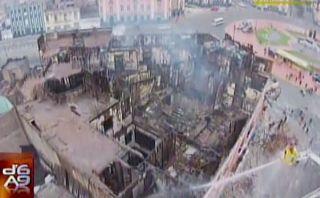 Incendio en plaza Dos de Mayo: vista área de la destrucción