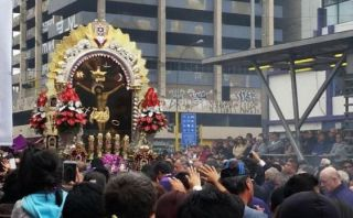 Señor de los Milagros: hoy sale la procesión por las calles