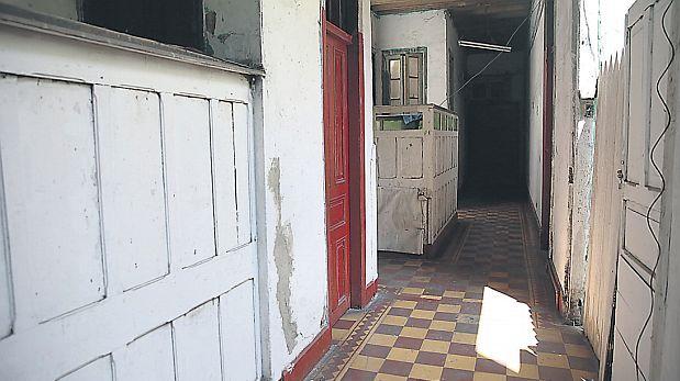 Aunque los exteriores fueron remozados, las casonas por dentro están deterioradas. (Alonso Chero / El Comercio)