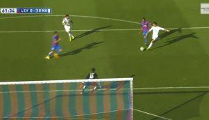 Cristiano Ronaldo: los dejó parados como conos y anotó golazo