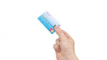 La tarjeta de crédito con escáner dactilar llegará en el 2015
