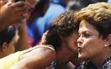 Brasil: Rousseff supera a Neves y logra ventaja de 4 puntos