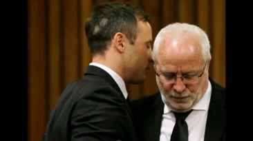 ¿Cómo tomaron los Pistorius la condena de 5 años de cárcel?