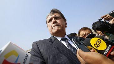 """Alan García: """"En vez de insultos deberían atraer inversiones"""""""