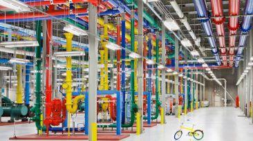 Recorre los impresionantes y hermosos data centers de Google