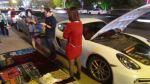 Se hizo vendedor ambulante para pagar la gasolina de su Porsche - Noticias de