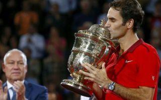 Federer gana por sexta vez Basilea y sueña con el número uno