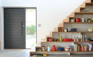 Estas modernas escaleras le darán elegancia a tu hogar