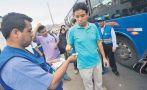 Corredor azul: barristas quisieron viajar en buses sin pagar