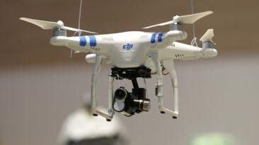 Pilotos británicos piden normas más estrictas para los drones
