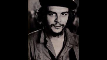Las fotos del cadáver del Che olvidadas en un pueblo español