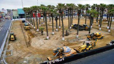Plaza de Armas de Chincha es un depósito de vehículos pesados