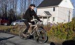 Ébola: Enfermera desafía cuarentena y pasea en bicicleta