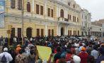 Chiclayo en medio de protestas de trabajadores y basura [Fotos]