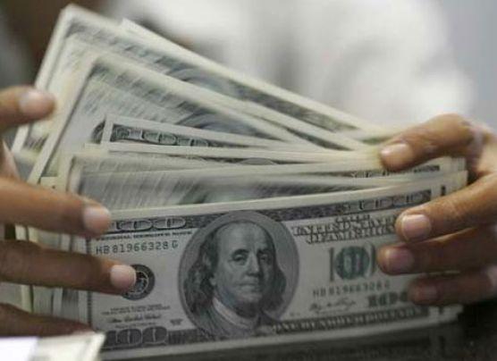 Dólar toca nuevo máximo de S/.2,922 pese a intervención del BCR