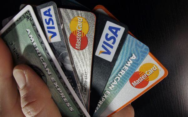 Las deudas de las tarjetas de crédito pueden manejarse para que no agobien demasiado el presupuesto mensual. (Foto: Archivo El Comercio)