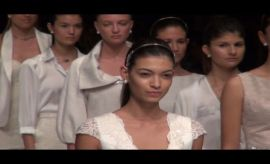 LIF Week: revive el desfile de Angie Schlegel