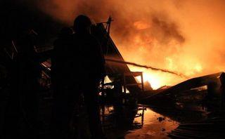 Incendio en mercado de Trujillo dejó S/.4 millones en pérdidas
