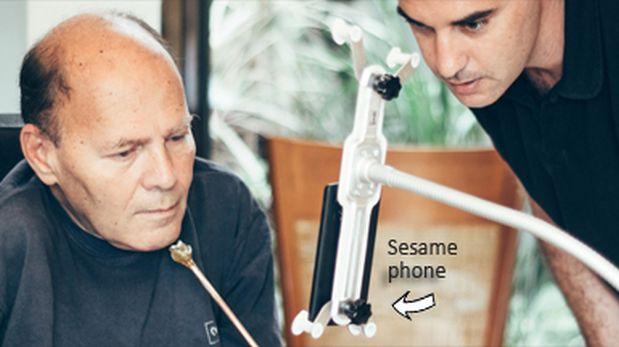 El sistema permite acceder a un Smartphone mediante comandos de voz y moviendo la cabeza. (Foto: Indiegogo)