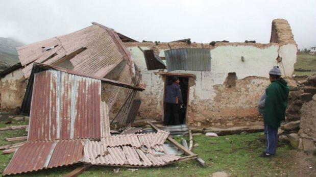 Pasco: ventarrones dejan sin techo a 15 familias de comunidad