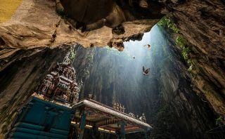 Descubre los misterios de las hermosas Cuevas de Batu