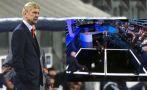 Arsene Wenger y su calidad para el fútbol tenis en un set de TV