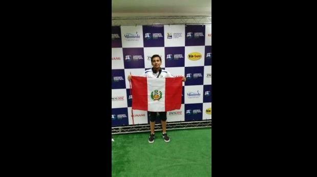 Luis Kuan Rosales durante el torneo de PES representando a Perú. Consiguió el sexto lugar de la competencia internacional. (Foto: Renzo Cordiglia)