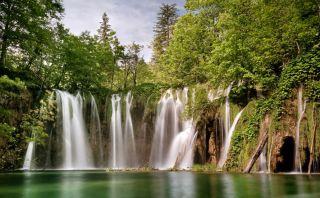 Deslúmbrate con estas bellas cataratas en Croacia