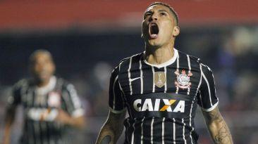 Guerrero exige aumento salarial para quedarse en Corinthians