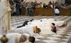 España: Detienen a tres curas por abusos sexuales a un menor