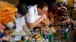 Glotón gana concurso por comer más de 4 kilos de pavo - Noticias de twitter